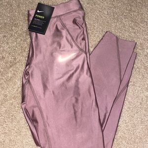 NWT Nike run power tight with pockets